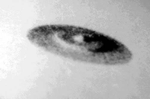 Secret sur les Ovnis dans O.V.N.I et E.T. ovni02_gif