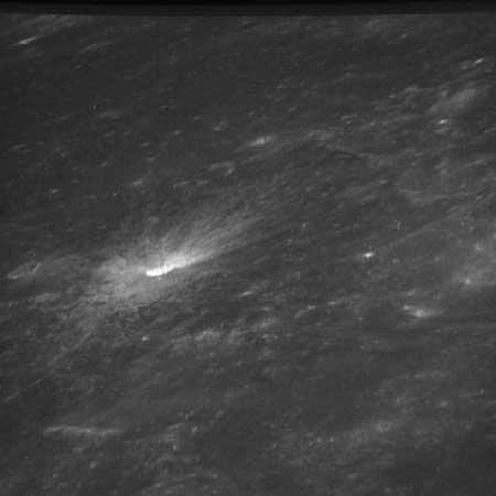 Info ou intox: Etranges structures et phénomènes sur la Lune As8132331_jpg
